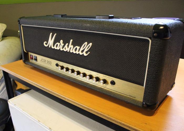 Amp - Marshall JCM 900 - 1