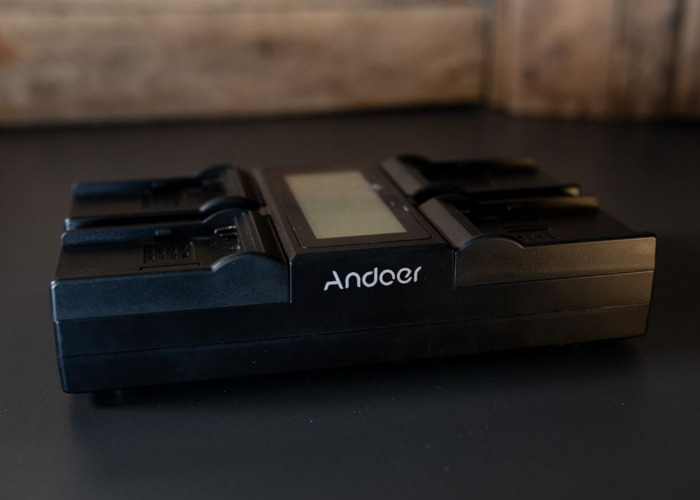 Andoet Battery Multi Charger - 1