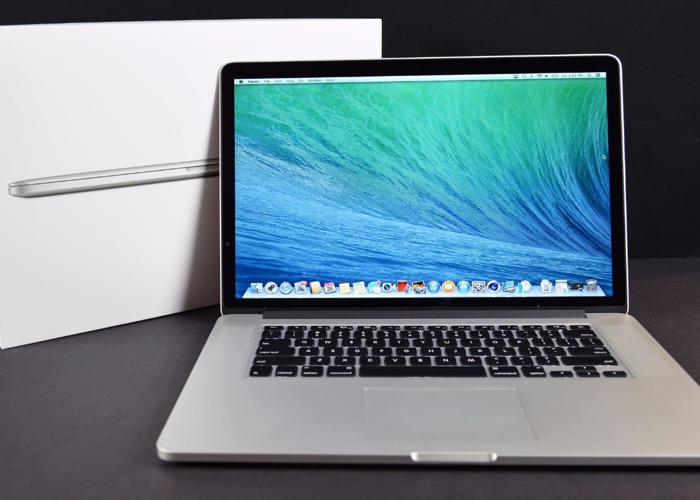 Apple MacBook Pro 15 - 512GB SSD - 8GB - 1
