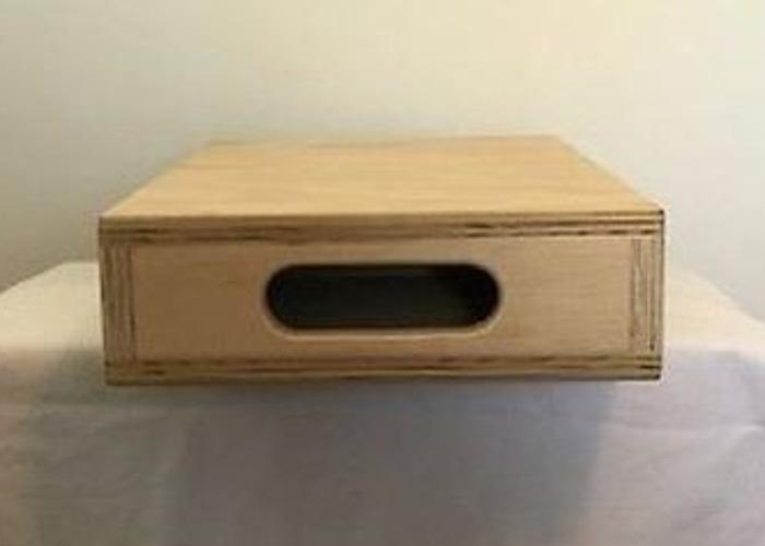 apples boxes-half-46357133.JPG
