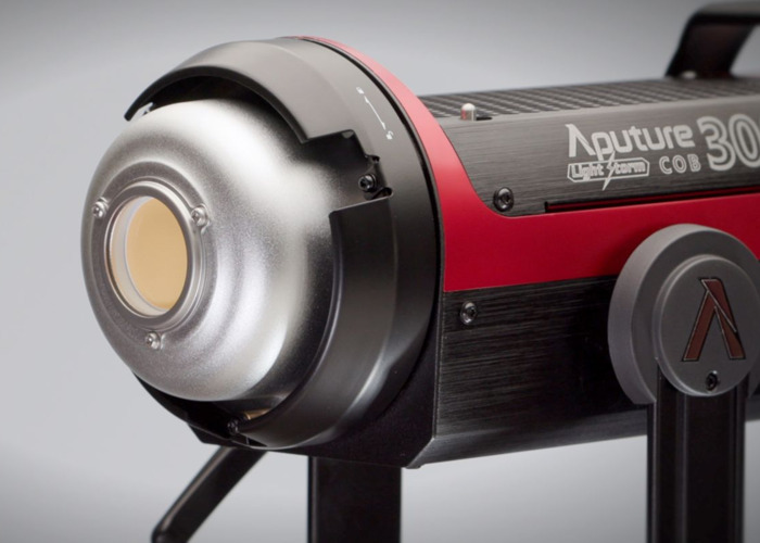Apurture 300D II Continuous light LED Video - 1