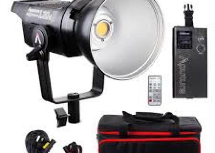 APUTURE 120D LIGHT LED LIGHTING KIT 6000K - 1