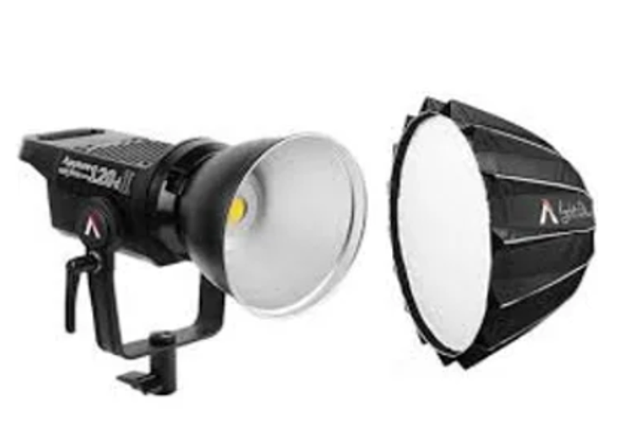 Aputure 120d with mini dome and case - 1