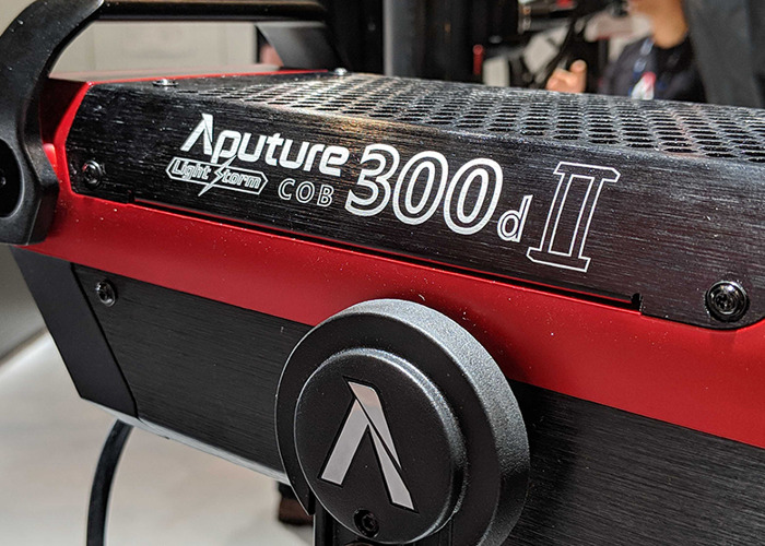 Aputure 300d ii Mark 2 - 1