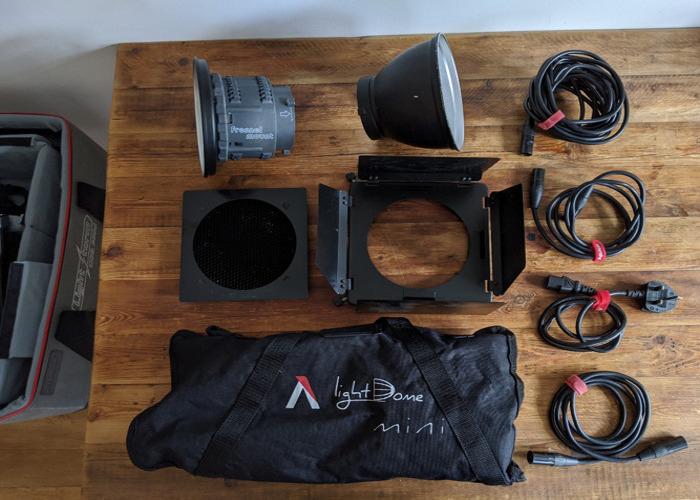 Aputure 300D, mini dome, accessories, stand and 2 V locks - 2