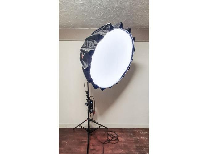 Aputure 300dii Light + Aputure Light Dome II + Stand - 1