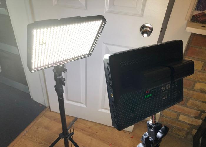 FOR X 1 APUTURE AMARAN AL-528W 528 LED - 1