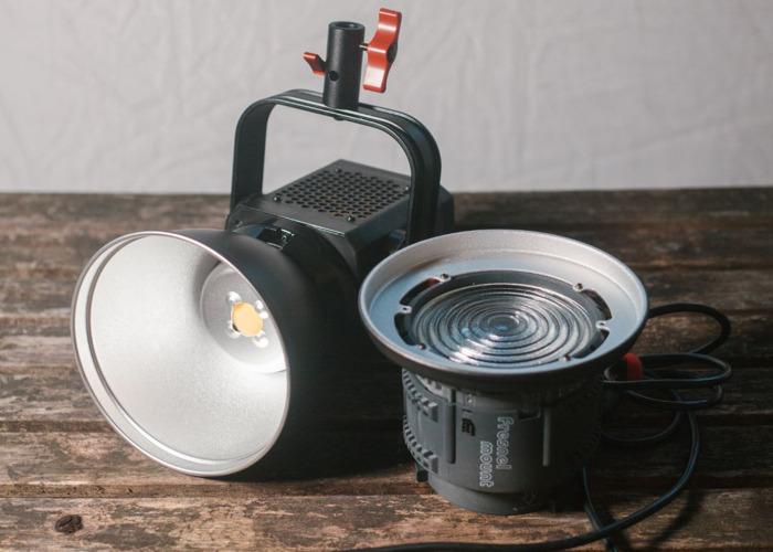 Aputure LightStorm 120d | FULL Lighting Kit - 1