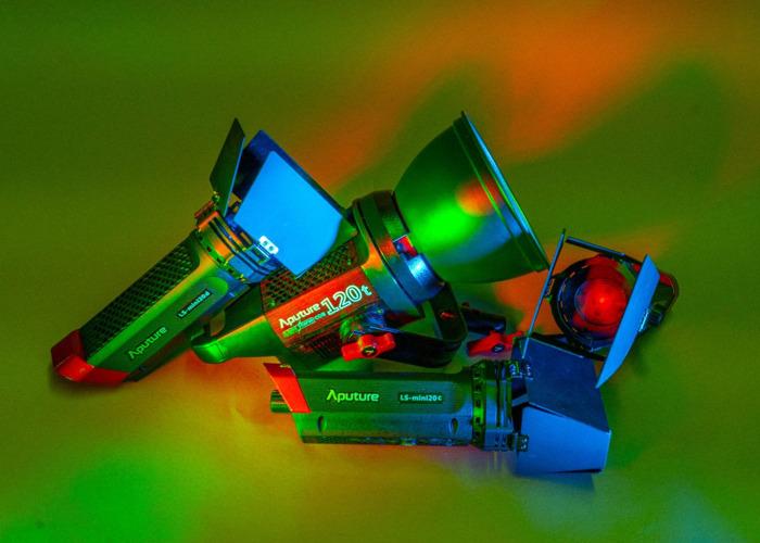 aputure ls-c120t-w-3-ls-mini-20d-led-powerhouse-04825407.jpg