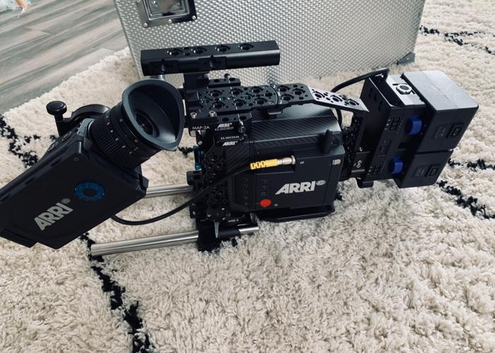 Arri ALEXA mini lf + camera technician included for free - 1