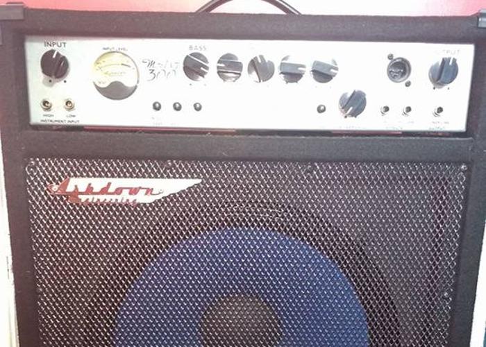 Ashdown MAG-C115 300W Bass Amp Combo - 1