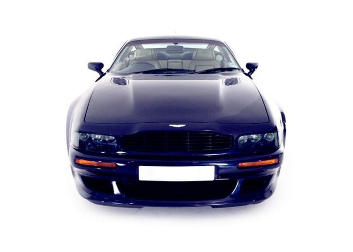 Aston Martin Virage Vantage  - 1