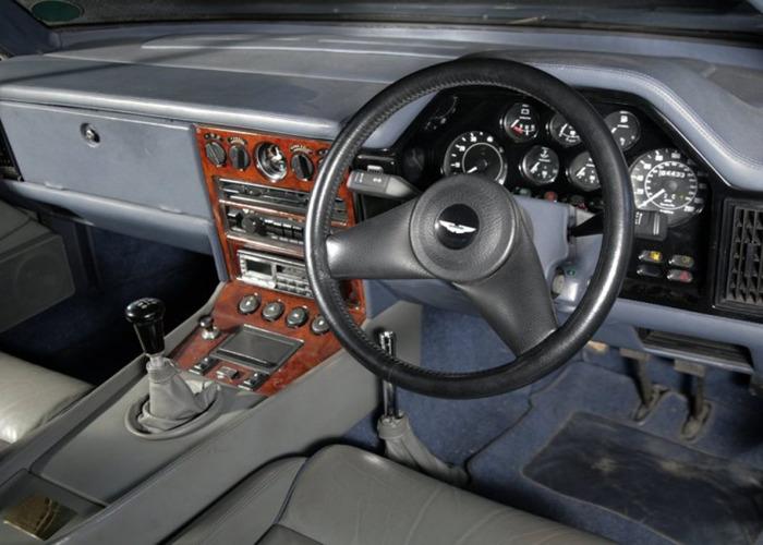 Aston Martin Volante Zagato (2001) - 2