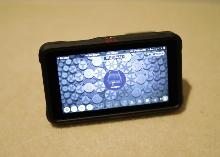 Atomos Ninja V 4K Recorder Field Monitor + 1TB SSD  - 2