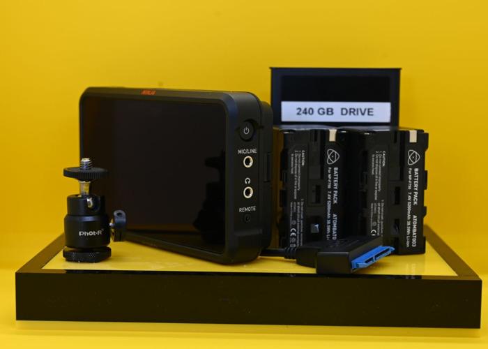 Atomos Ninja V HDR Monitor / Recorder Kit  - 1