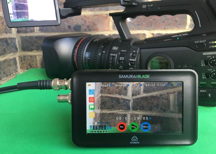 Atomos SAMURAI BLADE SDI with SSD & HDD (HDR 400 nit) in case - 1