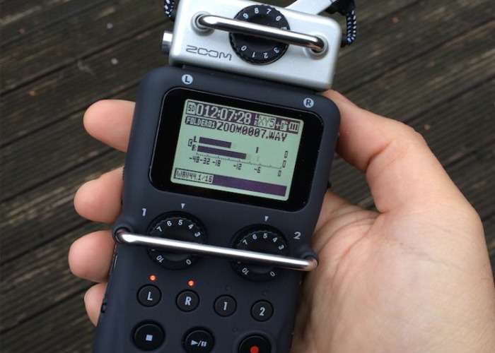 audio zoom-h5-recorder--40985835.jpg