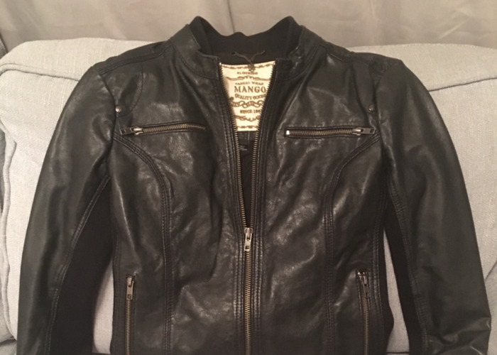 Awesome black leather jacket - perfect condition - 2