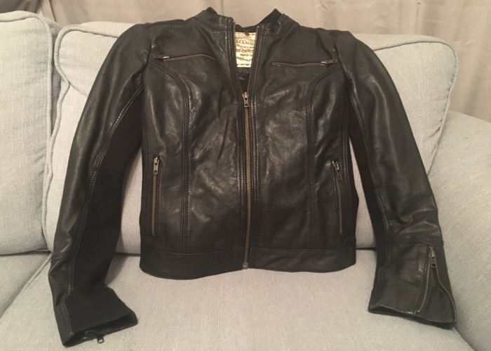 Awesome black leather jacket - perfect condition - 1
