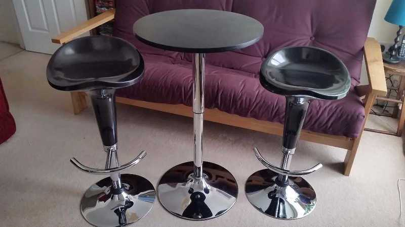 Bar Stools and Table - 1