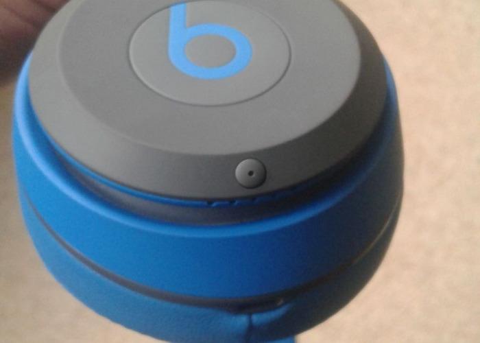 Beatsolo2 wireless headphones - 1
