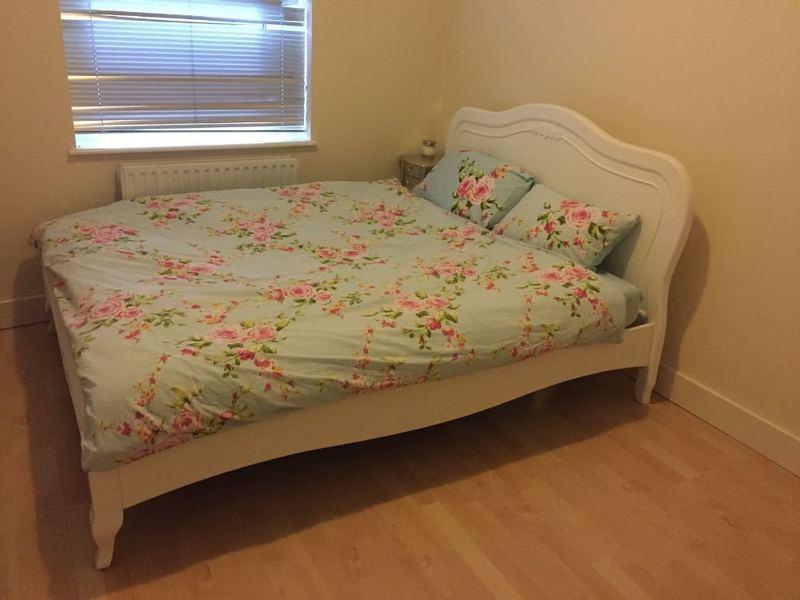 Beautiful white king sized bed wit's matress   - 1