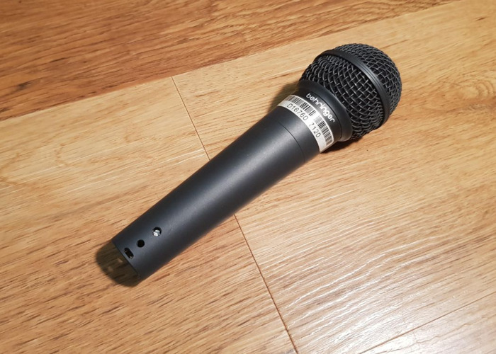 Behringer XM8500 Ultravoice Microphone XLR and Hard Case - 1
