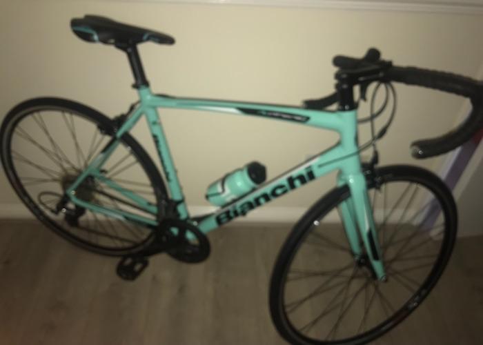 Rent Bianchi Road Bike in Scunthorpe
