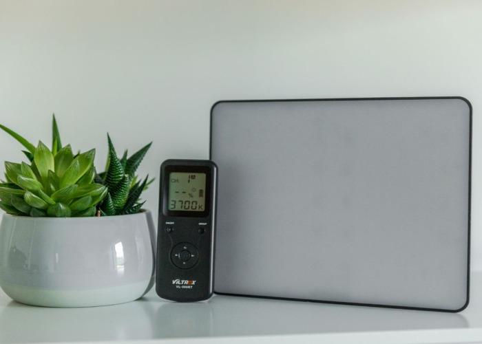 Bi-Colour LED Video Light - VILTROX VL-200T - 1