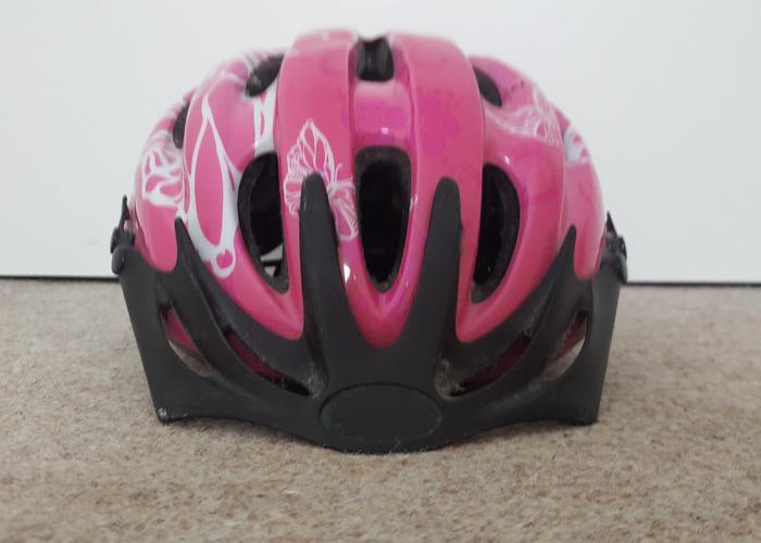 bicycle helmet-86723023.jpg