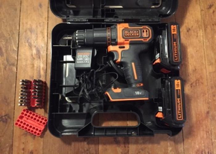 Black & Decker 18V Lithium hammer drill - 2