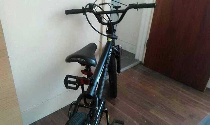 Black bicycle - 1