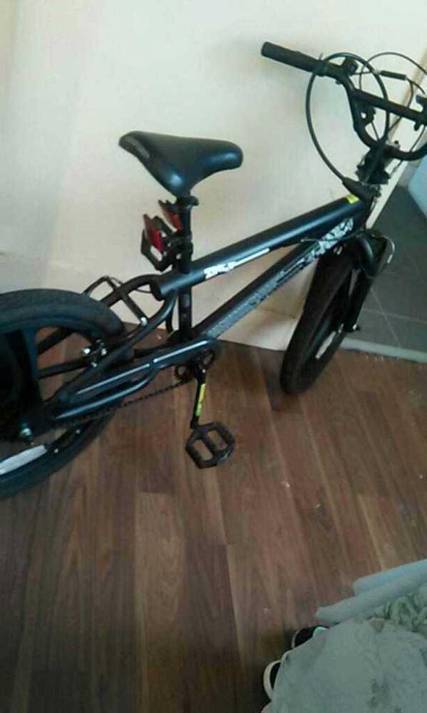 Black bicycle - 2