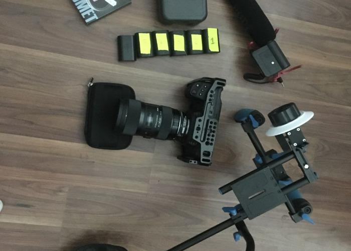 Black Magic Pocket Cinema Camera 4k + Sigma 18-35mm Art Lens F1.4 - 2