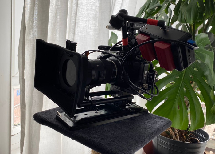 Black Magic Pocket Cinema Camera 6K BMPCC6K PACKAGE - 1