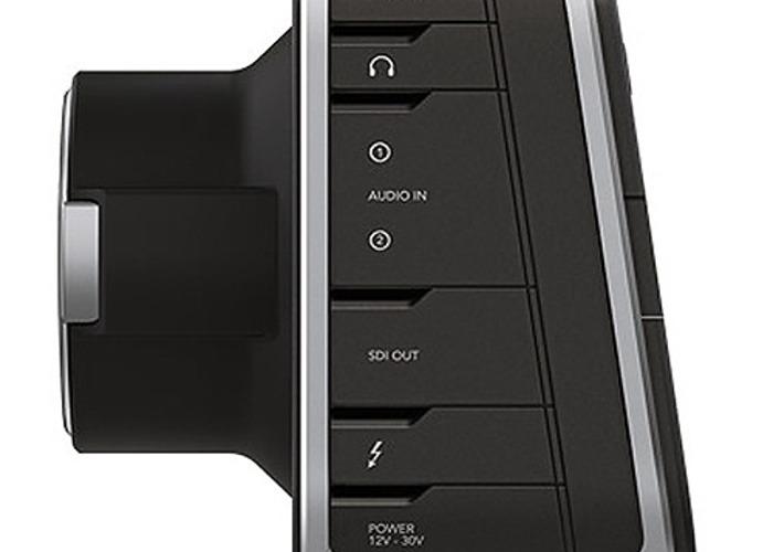 blackmagic design-production-camera-4k-ef-mount-65322875.jpg
