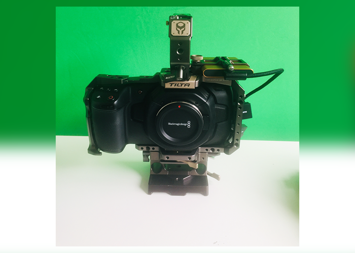 Blackmagic Pocket Cinema 4k Camera Body + 0.71x EF Metabones - 1