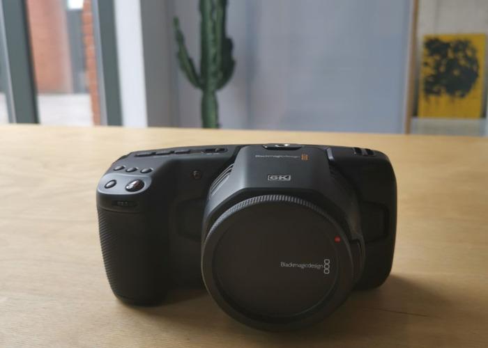 Blackmagic Pocket Cinema Camera 6K with 18-35mm lens - 2
