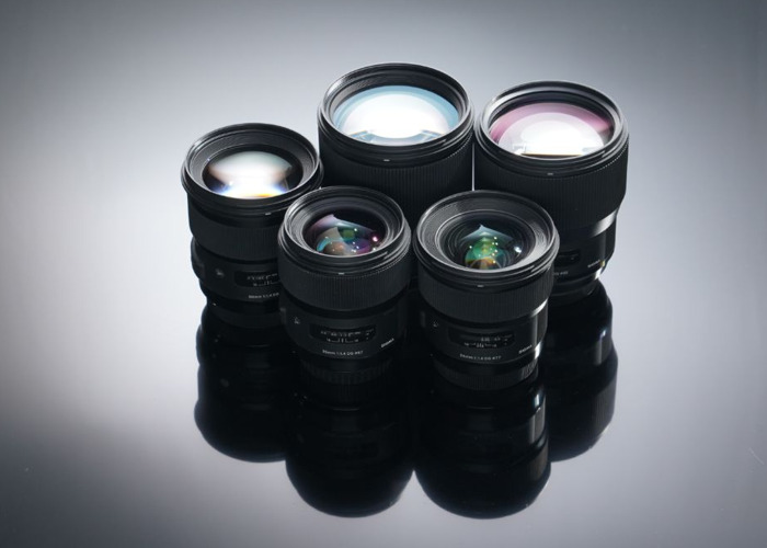 Blackmagic URSA Mini 4.6k Pro + 5x Sigma Art Prime Lenses ( 24mm / 35mm / 50mm / 85mm / 135mm)+ Tilta Wireless Follow Focus + Shoulder Mount Kit + 760tb Storage + 4 Batteries Full Film Bundle - 2