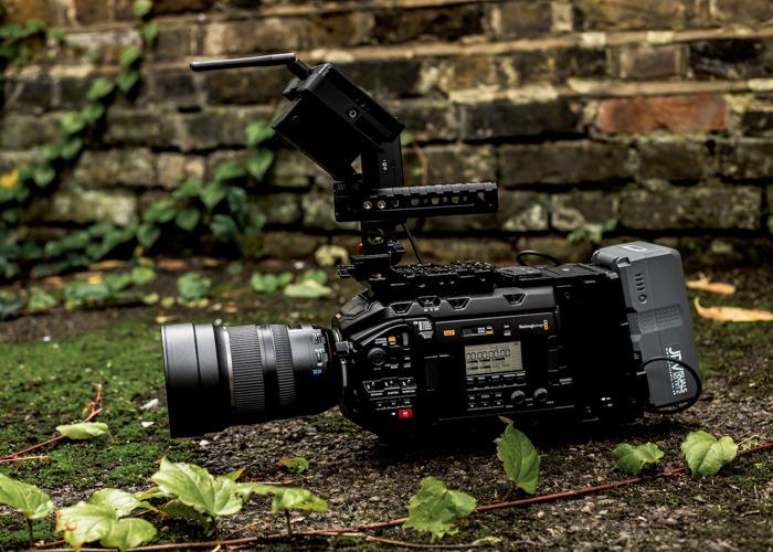 Blackmagic URSA Mini Pro G2 Full Shooting Kit  - 1