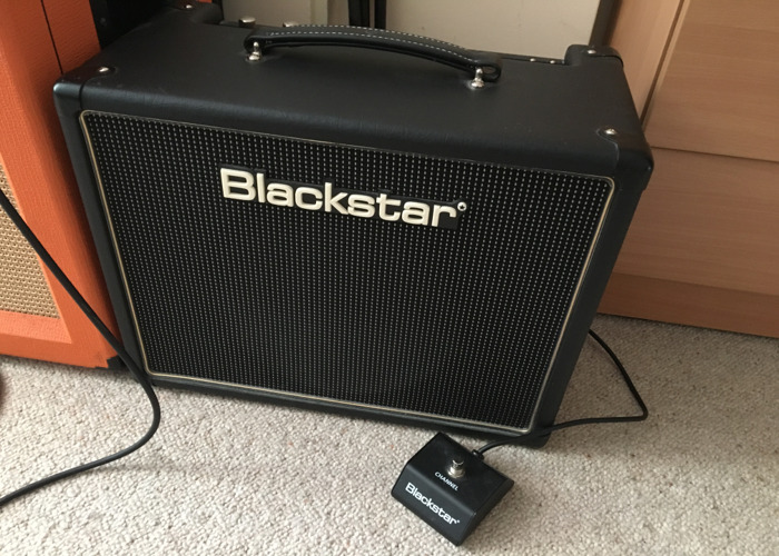 Blackstar HT-5 with footswitch - 1