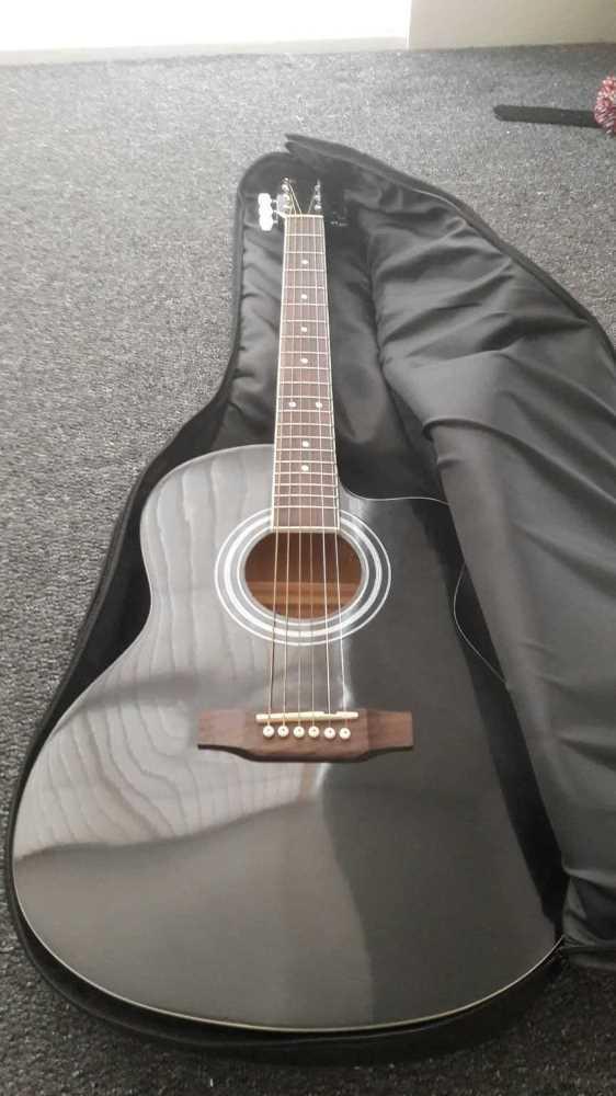 Bluemoon Black Guitar - 1