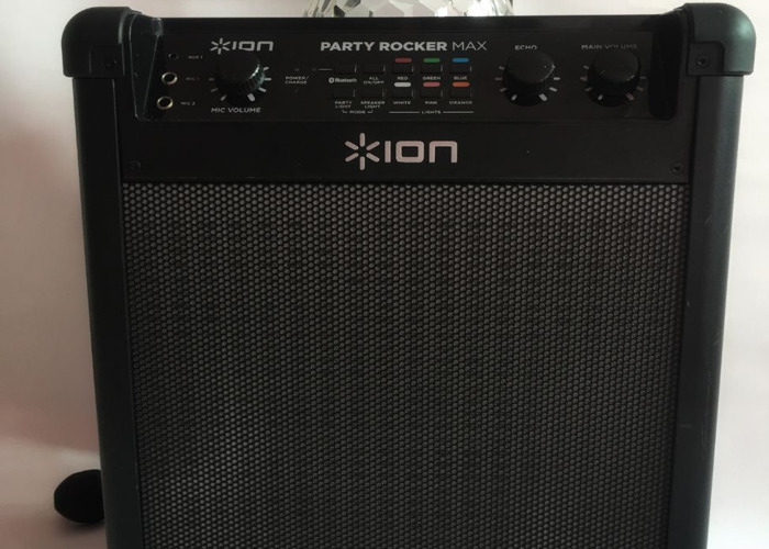 Blueoth Party Light up speaker. Dual Karoke Inputs. - 1