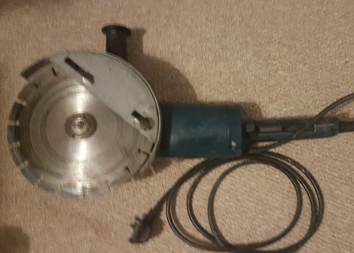 "Bosch 230mm (9"") Angle Grinder - 1"