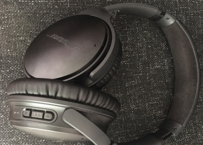 Bose noise cancelling wireless headphones - 1