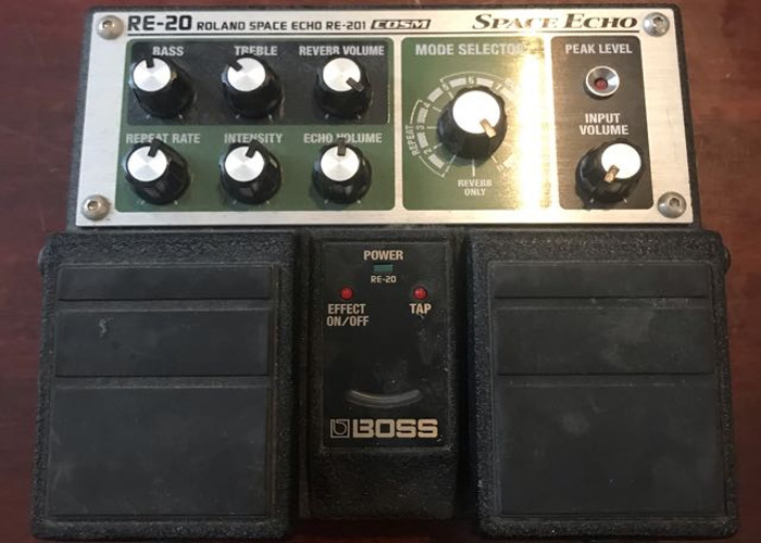 Boss RE-20 Space Echo - 1