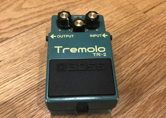Boss TR-2 (Tremolo Guitar Pedal) - 1