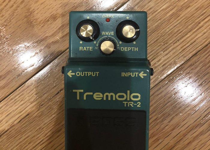 Boss TR-2 (Tremolo Guitar Pedal) - 2