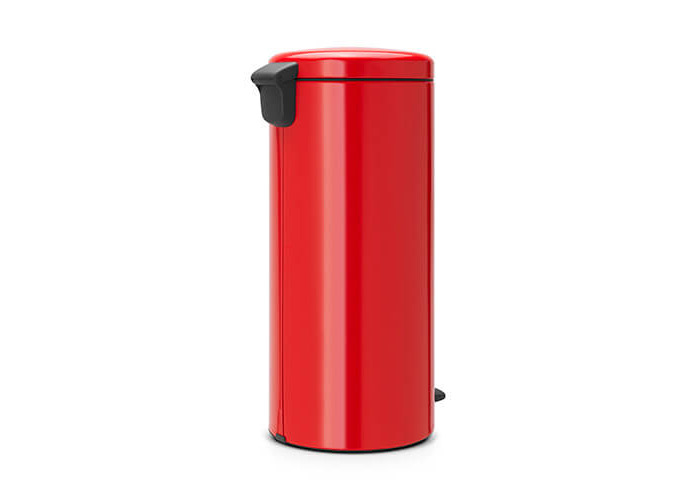 Brabantia Pedal Bin newIcon with Plastic Inner Bucket, 30 Litre - Passion Red - 2