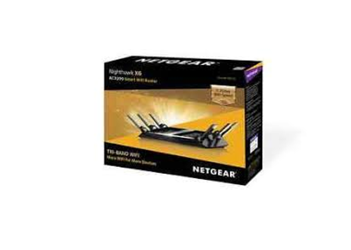 Brand New Netgear R8000 4-port Wireless Cable Router Boxed Sealed - 1